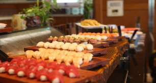 The Blue Buffet & Western Restaurant (Ramada Plaza Jeju)