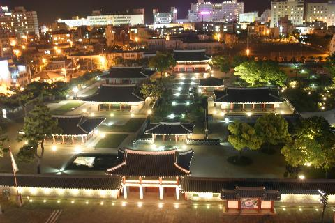 Jejumok-Gwana Government Office at Night and Small Concert 대표이미지